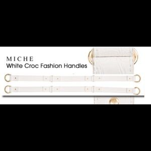 White Croc Handles with Gold Carabiners and Accent